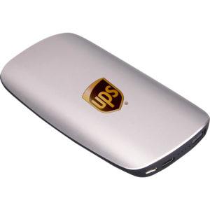 Powerbank 10.000 mAh Batarya: Yeni Nesil Özel Boyutlu Gösterge: 4 Kademeli LED Giriş: DC5V 1A (MAX) / Micro Çıkış: DC5V 2A (MAX) / 1 USB - Type C Ağırlık: 195 Gram Materyal: Metal Görünüm ABS + Rubber Ebat: 135 x 72 x 14 mm Kablo: 1.5 A (MAX) Micro & IOS Adaptör Kutu: Lüks Hediye Kutulu Lütfen telefonunuzu kendi orjinal kablosu ile kullanınız Bataryalarımız test edilmiş olup 2 yıl garantilidir.