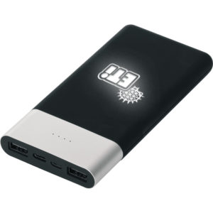 Powerbank 10.000 mAh Batarya: A + Lithium Polymer Baskı Bölgesi: Ön Yüz Işıklı Baskı / Beyaz Işık Gösterge: Dört Kademeli LED Gösterge Giriş: DC5V 2A (Max) / Micro + IOS Çıkış: DC5V 2.4A (Max) / 2 USB Ağırlık: 195 Gram Ölçüler: 140 x 67 x 15 mm Materyal: Rubber Kablo: 1.5A (Max) Micro ve IOS / Type-C Çoğaltıcı Lütfen telefonunuzu kendi orjinal kablosu ile kullanınız Bataryalarımız test edilmiş olup 2 yıl garantilidir.