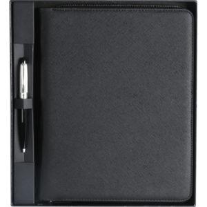 Sekreter Bloknot Ebat: 23 x 28 cm Deri 19 x 25 cm Defter Kartlık Baskı: Frekans, UV, Gofre Fermuarlı Kutu Ebatı: 27 x 30 x 4 cm Kalem Aksesuardır.