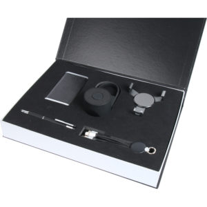 6.000 mAh Powerbank Kalem USB 16 GB Kablo Set (Işıklı Kablo) Hoparlör Telefon Tutucu Özel Kutu Kutu Boyutu: 38x28x5,5 cm