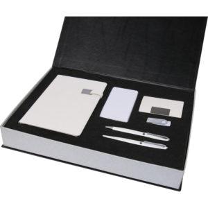 5.000 mAh Powerbank 13 x 21 Termo Deri Defter Metal Roller ve Tükenmez Kalem 16 GB USB Bellek Kartvizitlik Özel Kutu Kutu Boyutu: 38x28x5,5 cm